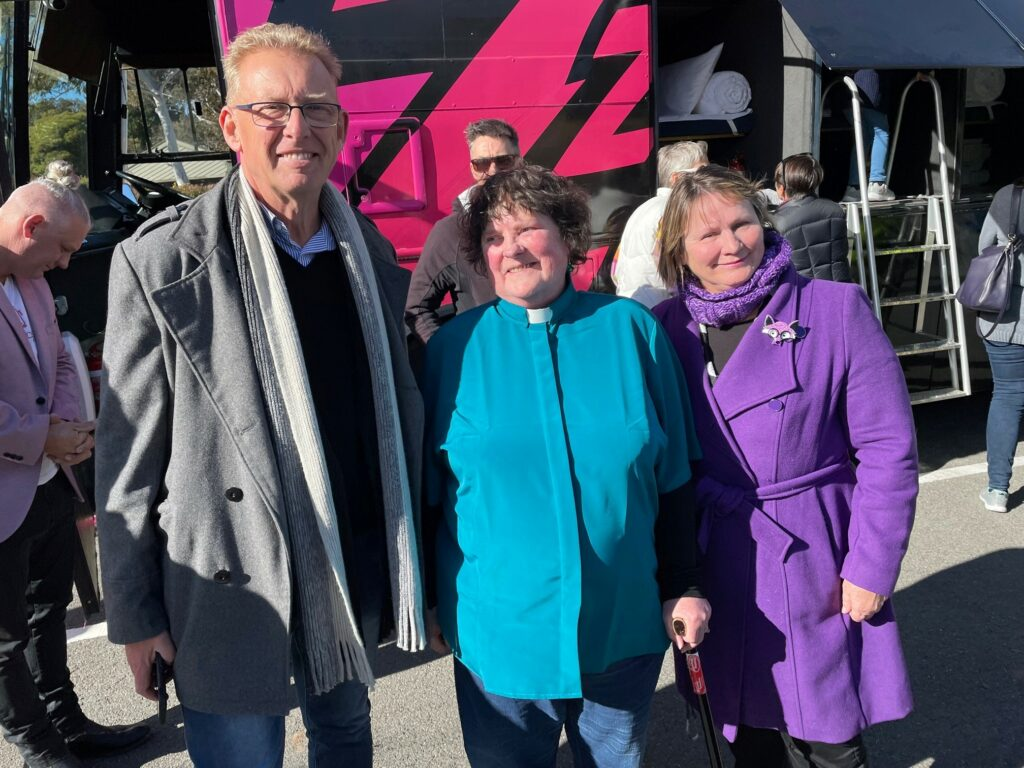 Pink Sleepbus delivers a home for women, Uniting Church Australia
